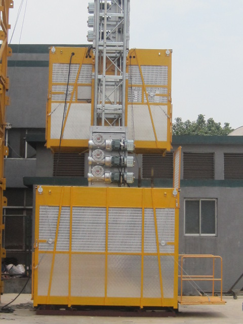 Customized Painted Construction Lifting Equipment Double Cage